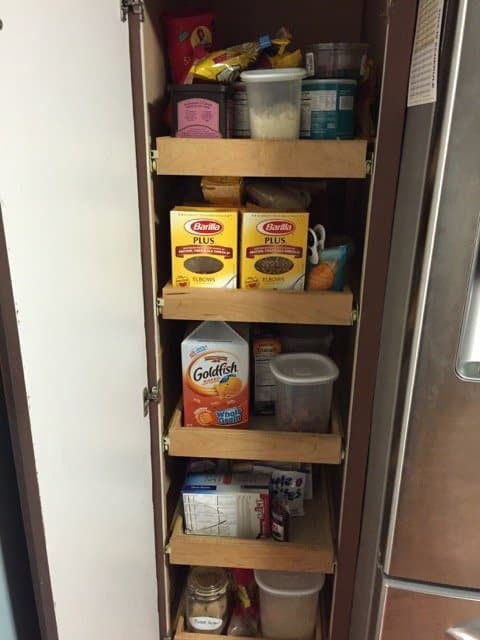 disorganized-kitchen-pantry