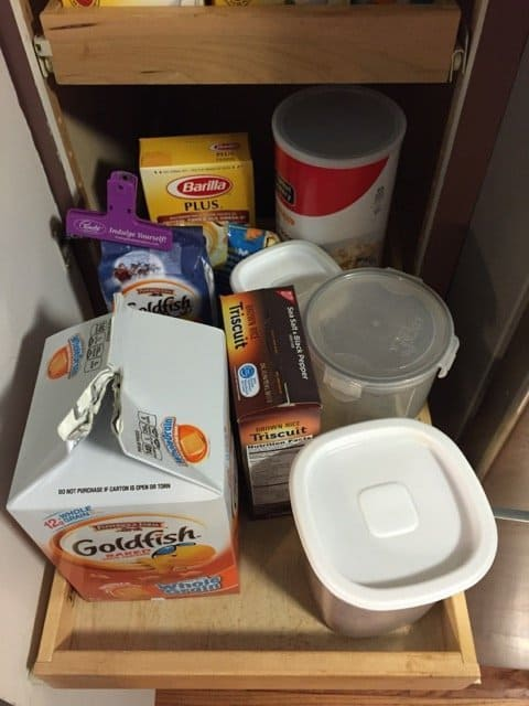 organizing-kid-snacks