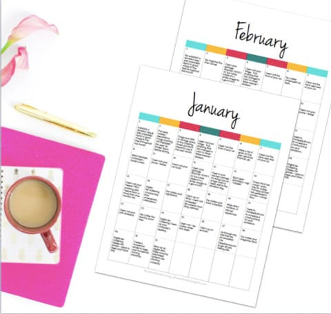 How'd you like to get the organized life you've always wanted with an easy task served up to you every day? Sounds dreamy, right? Just follow along with this 365 Organizing Calendar for just that. A daily task for an organized life.