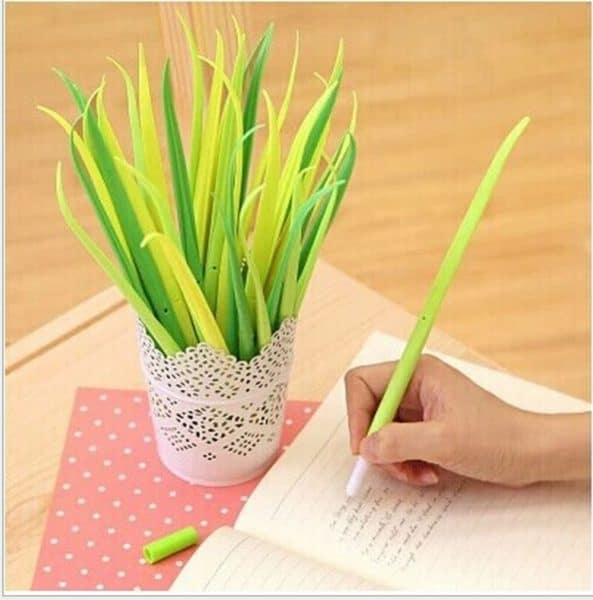 pens that look like grass